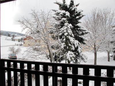 Rent in ski resort Studio sleeping corner 4 people (4015) - Résidence les Quatre Saisons - Villard de Lans - Winter outside