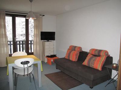 Rent in ski resort Studio sleeping corner 4 people (4015) - Résidence les Quatre Saisons - Villard de Lans - Living room