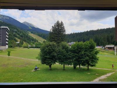 Rent in ski resort Studio sleeping corner 4 people (05) - Résidence Tiolache - Villard de Lans