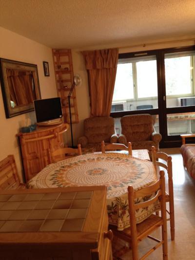 Rent in ski resort 3 room apartment 6 people (207) - Résidence Tiolache - Villard de Lans